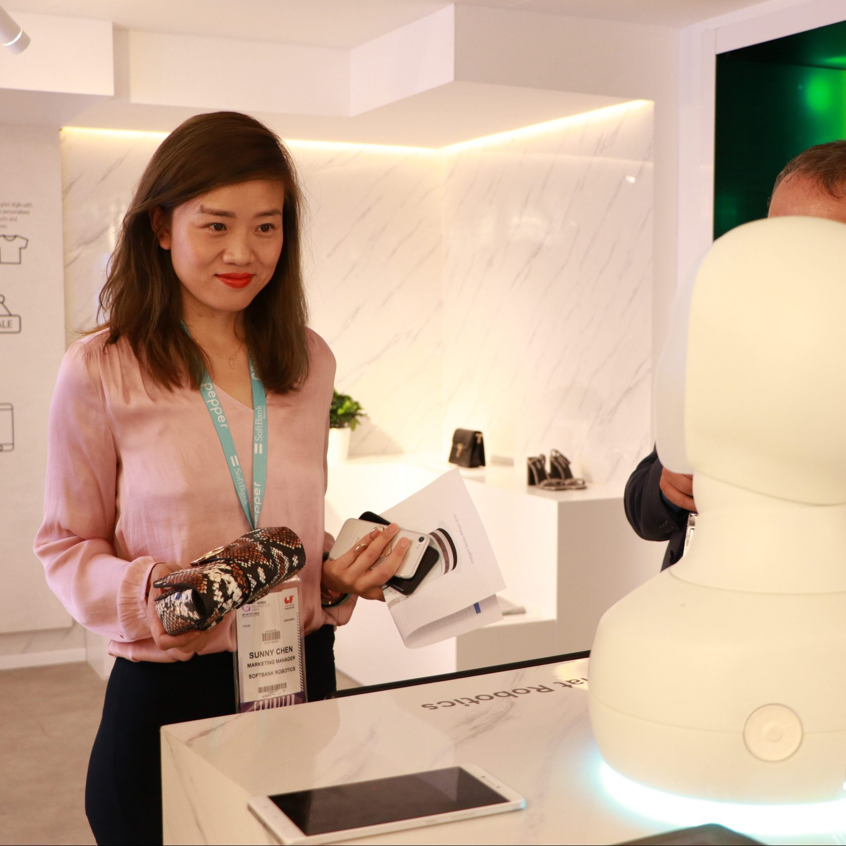 Concept Retail store assistant Social robots will change the way…
